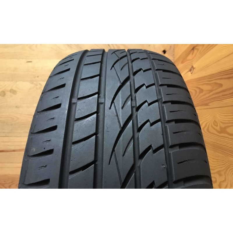 235/55R19 Continental CrossContact UHP