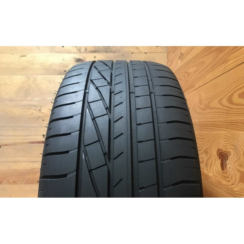 255/45R20 GoodYear Excellence