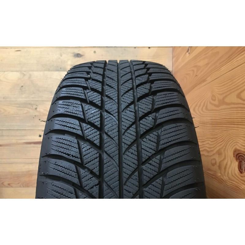 205/55R16 Bridgestone Blizzak LM001