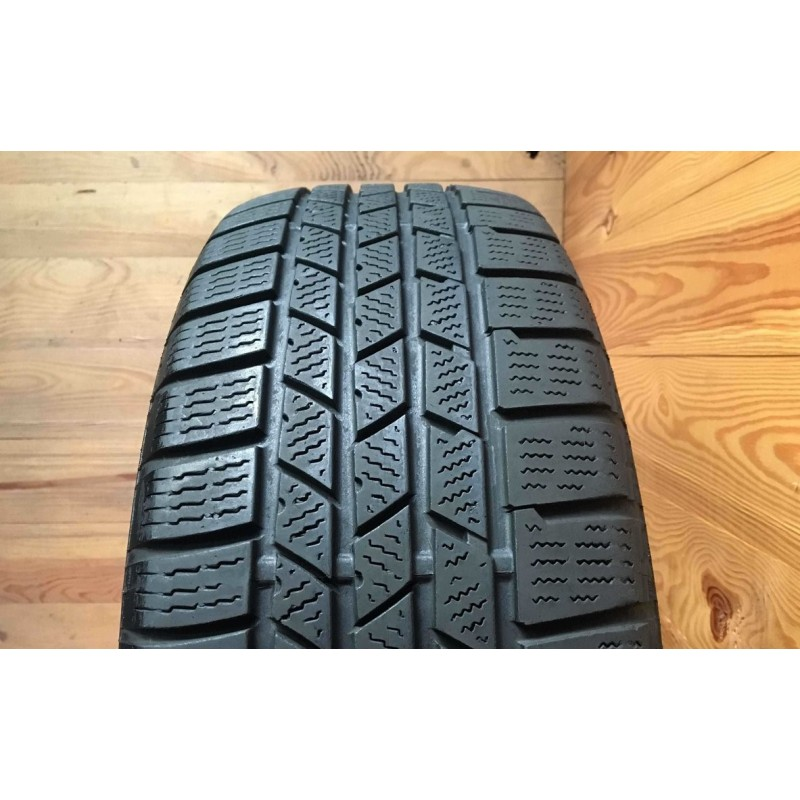 235/60R20 Continental CrossContact