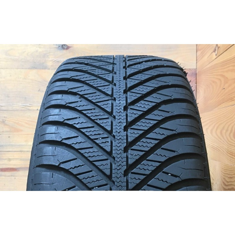 195/55R16 GOODYEAR VECTOR 4SEASONS