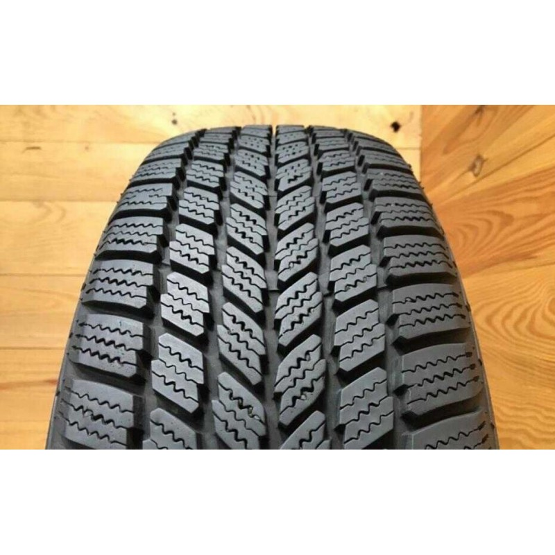 185/65R15 Maxxis Winter Max