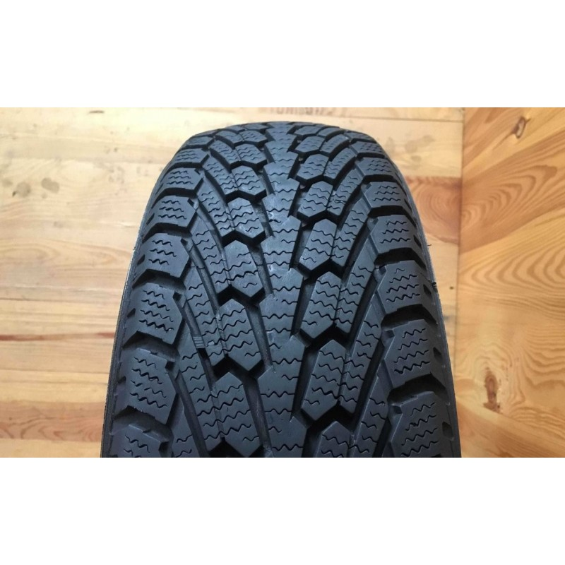 195/50R15 Nexen WinGuard