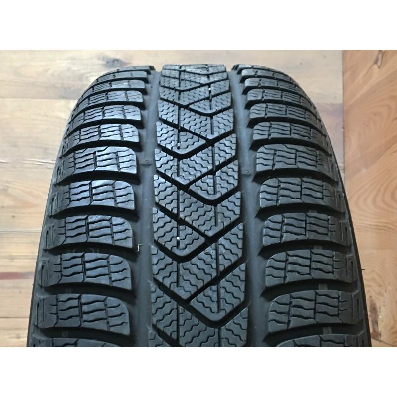 225/55R19 Pirelli Sottozero 3